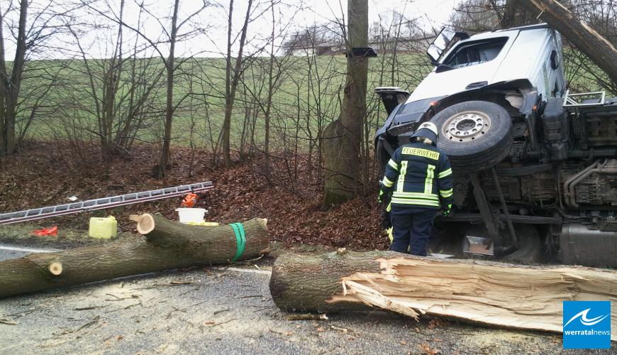 Schwerer Verkehrsunfall auf Landesstraße zwischen Wildeck-Richelsdorf und Sontra