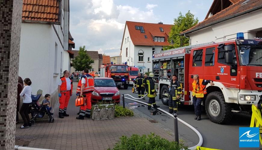 Feuerwehr rettet 4 Kinder bei Wohnungsbrand