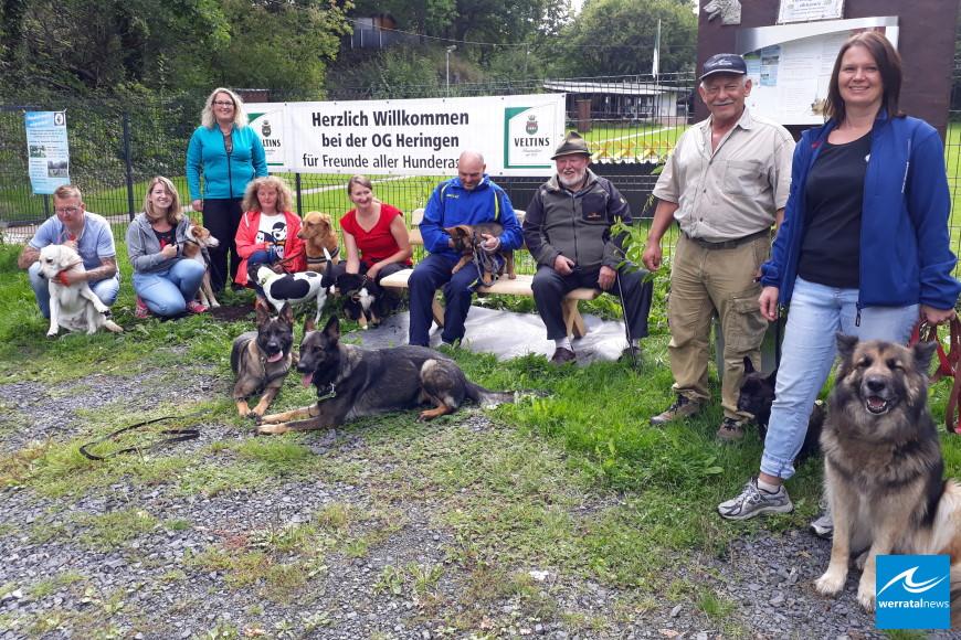 Heinz Träger spendet an Verein für Deutsche Schäferhunde