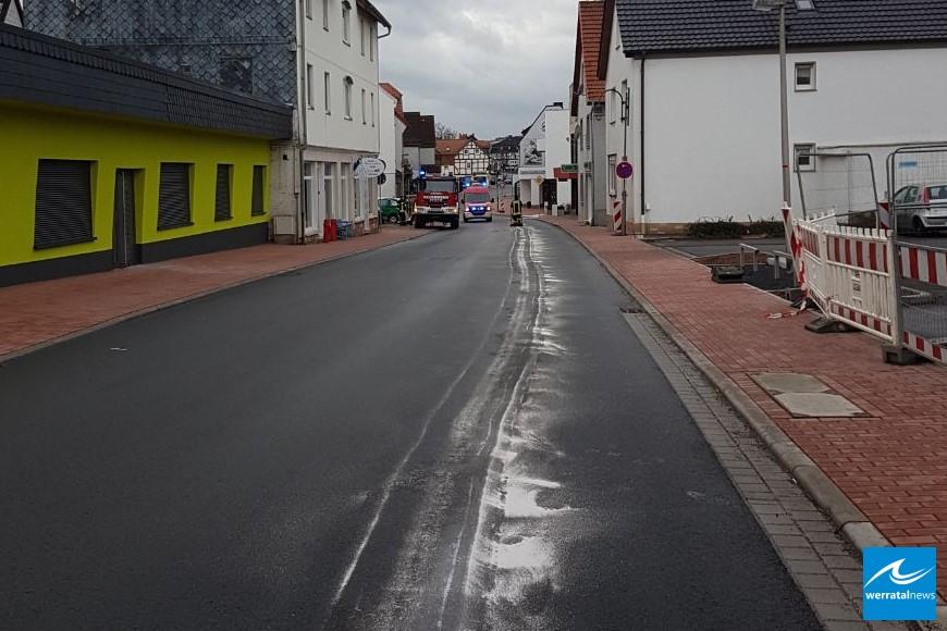 Und noch einer...: Ölspur in Heringen