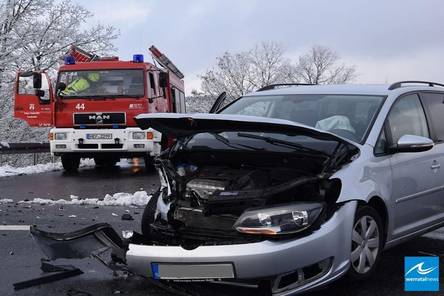 Verkehrsunfall mit zwei Verletzten in Friedewald