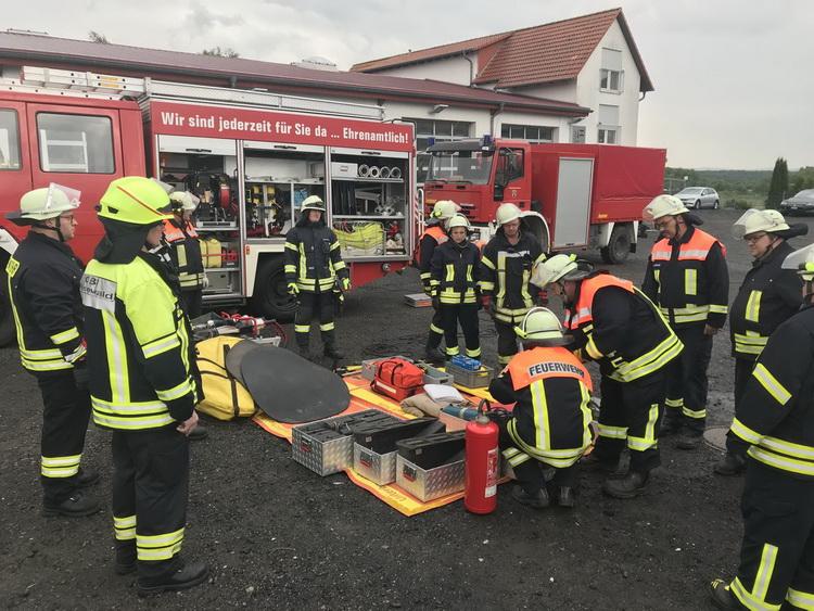 Einsatzabteilung Friedewald/Lautenhausen übt für den Ernstfall