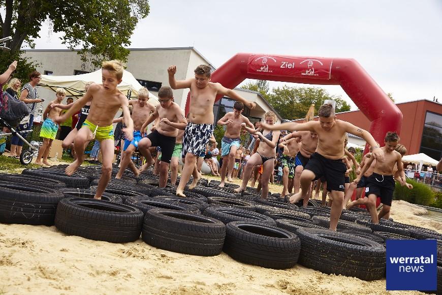 Mega-grandioser Gladiatorenwettkampf mit über Eintausend Zuschauern