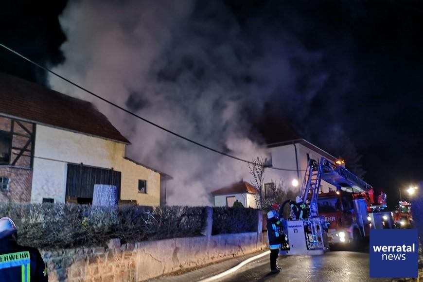 Scheunenbrand in Großensee: Großeinsatz für die Feuerwehren
