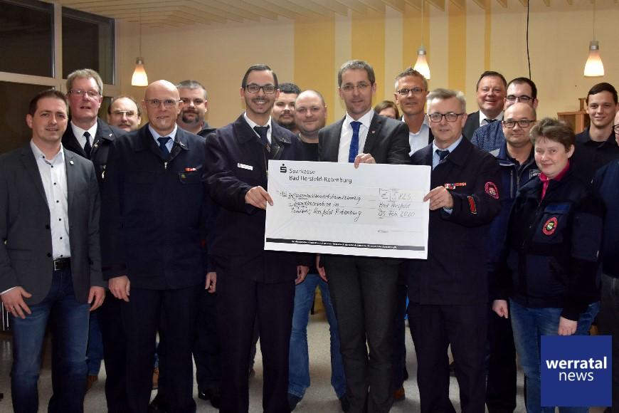 Förderverein spendet 6000 Euro an die Jugendfeuerwehren im Kreis