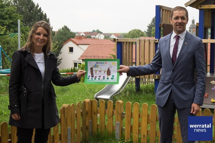 Niedrigseilgarten und Spielhaus: Gemeinde Hohenroda erneuert Kita-Außenbereich