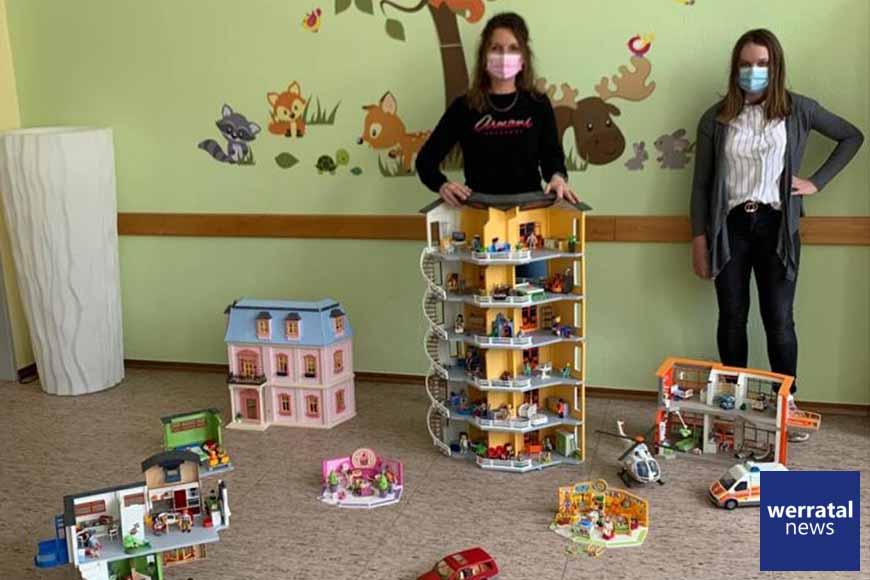 12jährige Melina spendet komplette Playmobil-Welt
